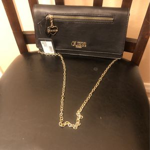 Guess clutch Purse for Sale in Jurupa Valley, CA