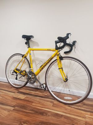 Yellow Cannondale CAAD3 R300 road bike for Sale in Brooklyn, NY