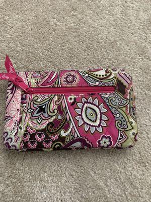 Vera Bradley wallet for Sale in Mt. Juliet, TN