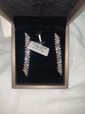Women's drop earrings for Sale in San Jacinto, CA