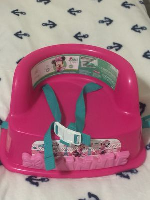 Minie mouse booster seat for Sale in Revere, MA