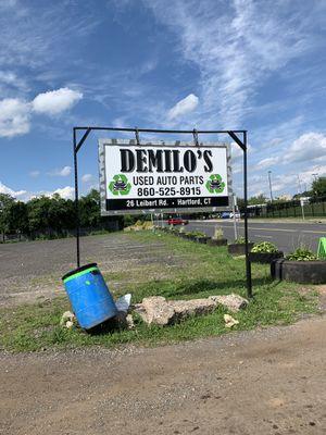 DEMILOS USED AUTO PARTS for Sale in Hartford, CT
