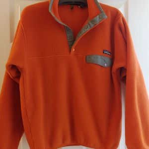 Patagonia Mens size Small Pullover for Sale in Holly Springs, NC