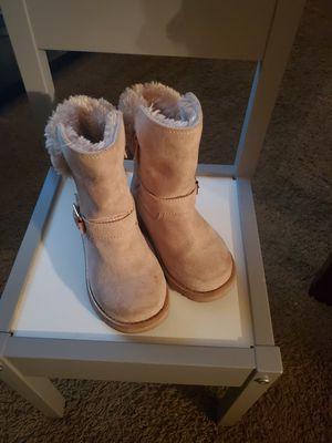 Size 9 girls boot for Sale in Southfield, MI