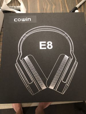 Bluetooth Headphones - Beats Noise Cancelling for Sale in Seattle, WA