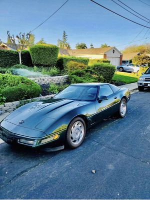 1995 corvette hard top with sun roof for Sale in Benicia, CA
