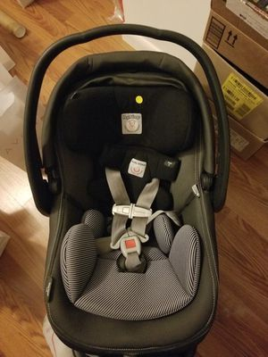 Car Seat for Sale in Sebastian, FL