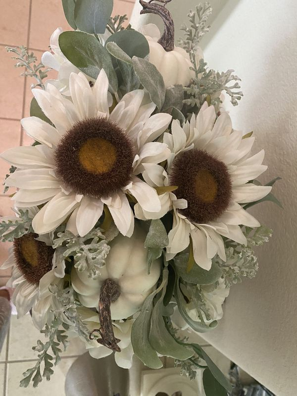 2 Fall Floral arrangement