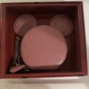 Exclusive Disney Coach Minnie Coin Purse for Sale in Miami, FL