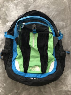 Recon North Face Backpack-great condition for Sale in Tampa, FL