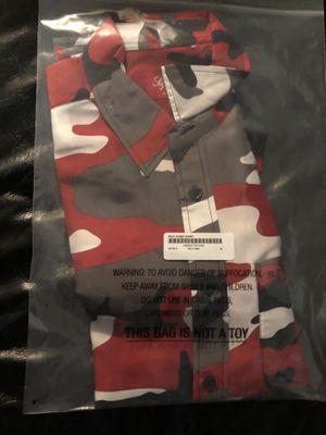 Supreme red silk Camo shirt (medium) for Sale in Grandville, MI
