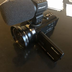 4K Digital Camcorder with case and extras for Sale in Fort Lauderdale, FL