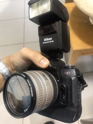 Nikon 35mm film camera N80 with lens, strap, and flash (used) for Sale in Margate, FL