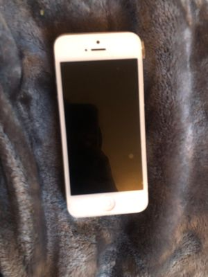 iPhone 5 FOR PARTS ONLY for Sale in Portland, OR