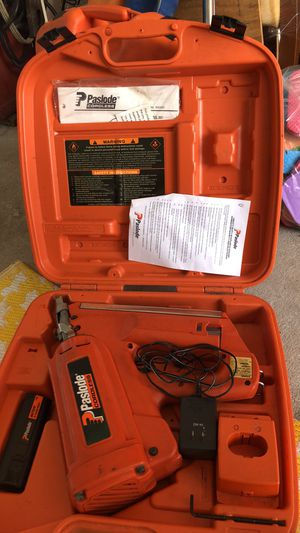 Paslode Nail/staple Gun cordless for Sale in Spring Hill, FL