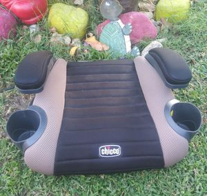 New Chicco Booster ONLY $10 for Sale in Ontario, CA