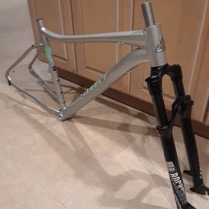 BRAND NEW Marin wildcat trail 5 Disk $400 FIRM for Sale in Pompano Beach, FL