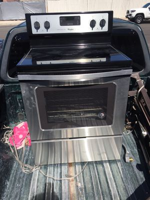 Electric Stove Whirlpool (Lake New) for Sale in Las Vegas, NV