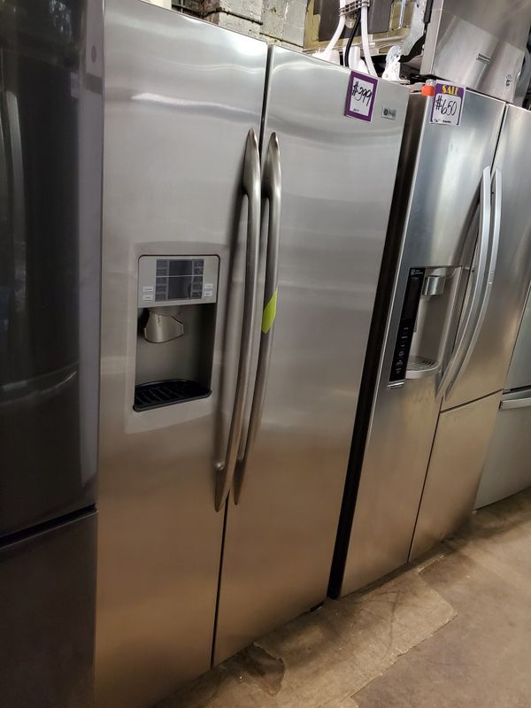 GE 36in side by side Doors fridge stainless Steel working perfectly four months warranty