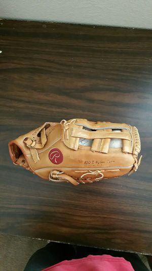 Rawlings Softball glove for Sale in Las Vegas, NV