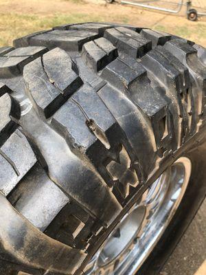 35x12.50xr17, Wheel and tire for Sale in Phoenix, AZ