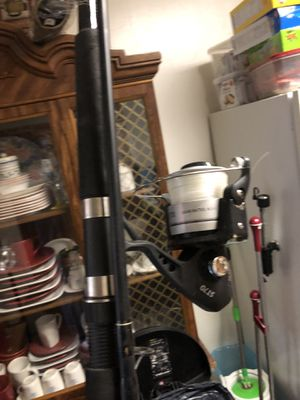 10 ft two piece sea striker brand fishing pole with reel for Sale in Yonkers, NY