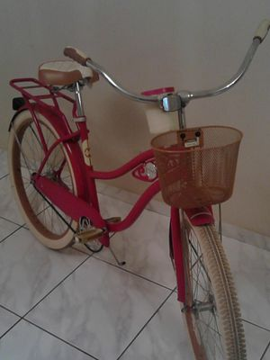 Huffy fairview beach cruiser like new for Sale in Tampa, FL