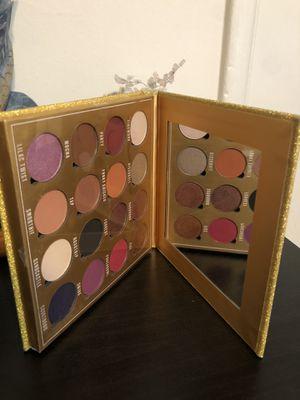 Eyeshadow pallete for Sale in Los Angeles, CA