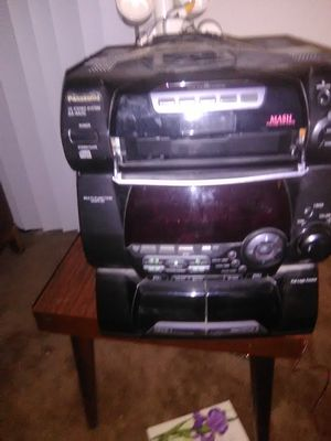 Panasonic stereo 5 CD changer system for Sale in Oakland, CA