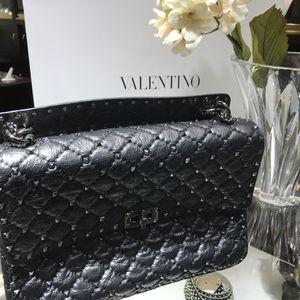 Valentino Garavani black leather rock stud for Sale in Scottsdale, AZ