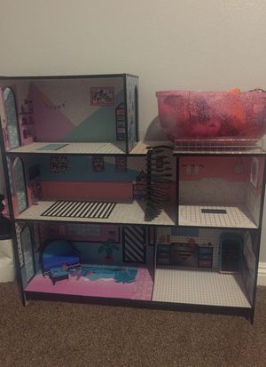 LoL Doll house for sale with accessories for Sale in El Mirage, CA