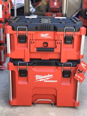 Milwaukee packout ......rolling and large tool box....$150..... firm on price......brand new.... pickup only....w/out trays..... for Sale in Rialto, CA