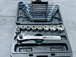 """Wrench and 3/8"""" ratchet with sockets for Sale in Houston, TX"""