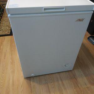 Artic King 5.0 Cu Ft Freezer for Sale in Merchantville, NJ