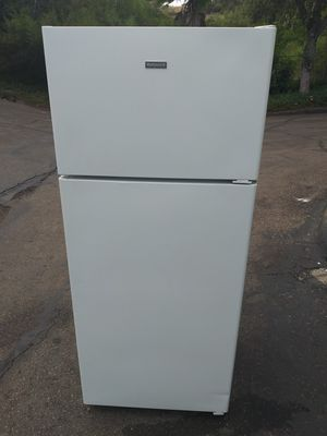 Hotpoint refrigerator for Sale in San Diego, CA
