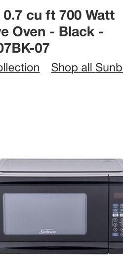 Sunbeam Microwave 0.7cu for Sale in Arlington,  VA
