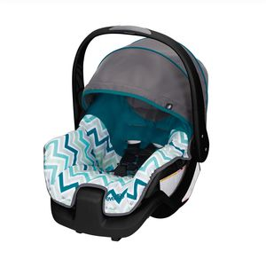 Evenflo Infant Car Seat for Sale in East Stroudsburg, PA