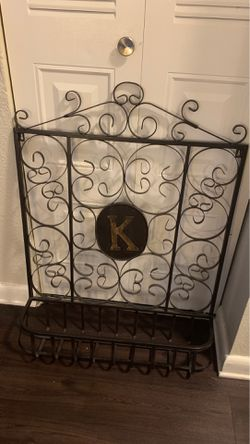 Room decor. Can hold purses, etc. The K can come off. for Sale in Denver,  CO
