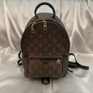 Louis Vuitton Palm Springs Pm for Sale in Rancho Cucamonga, CA