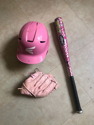 Girls softball bat, glove, cap and glove for Sale in Fort Lauderdale, FL
