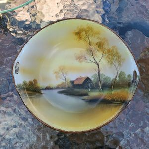 Hand-painted Bowl Made In Japan for Sale in Altadena, CA