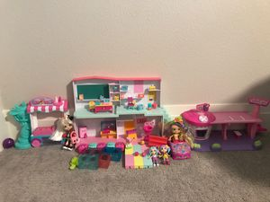 SHOPKINS PLAYSETS AND DOLLS for Sale in Tigard, OR