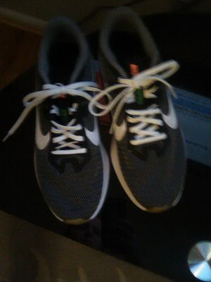 Brand New men's Nike size 8.5 for Sale in Mount WASHING, OH
