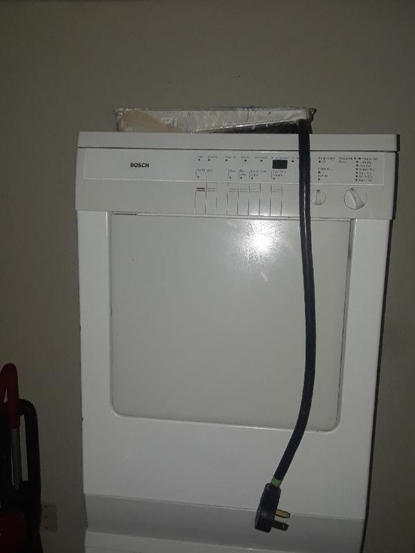 Side by side washer and dryer