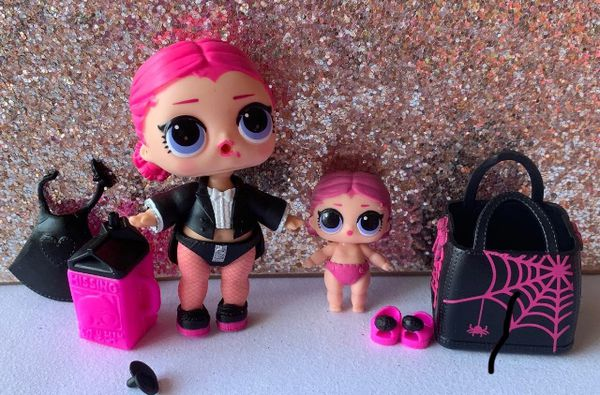 Countess big and lil sister lol surprise doll