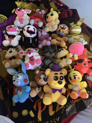 5 nights of Freddy plush collection for Sale in Bakersfield, CA