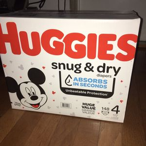 HUGGIES SIZE 4 148 pañales for Sale in Rancho Dominguez, CA