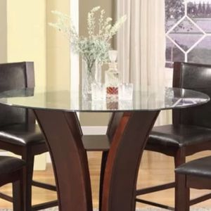 Round glass table for Sale in Lawrenceville, GA