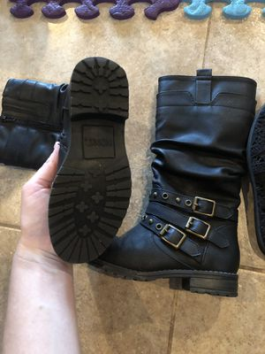 Girls zip up boots for Sale in Gainesville, FL