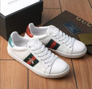 Gucci shoes butterfly G/R for Sale in Los Angeles, CA
